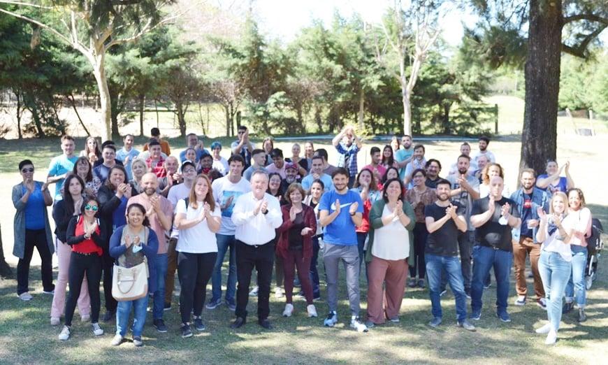 Plenario de la UCR santafesina, con la participación de muchos jóvenes