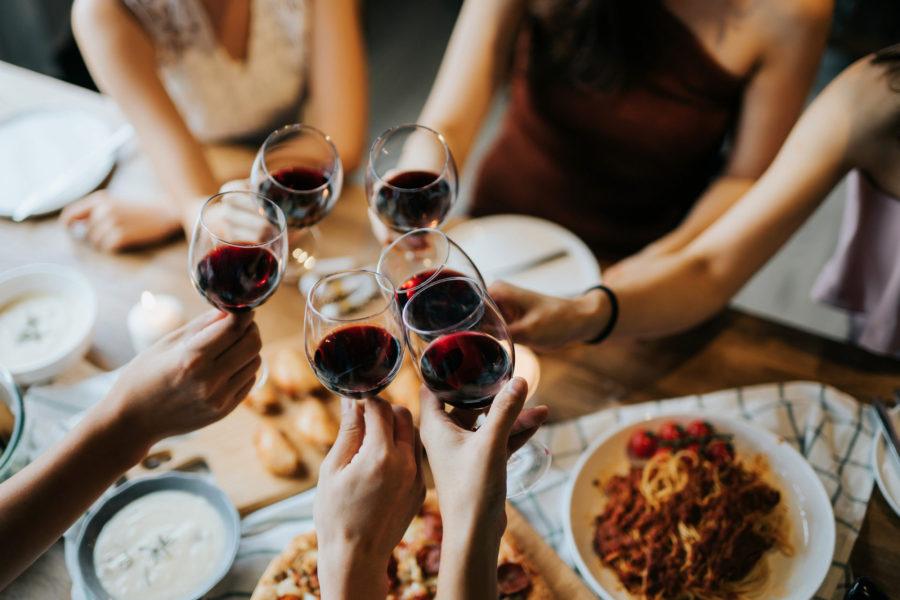 Pandemia: vuelven las reuniones familiares y sociales